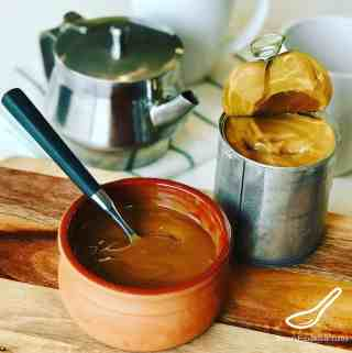 This is a super easy Caramel Dulce de Leche recipe that anyone can make at home, without any mess in your kitchen! A sweet caramel treat enjoyed all over the world. From Latin America to Russia, enjoy it with bread, waffles, pancakes, ice cream, crepes or on toast. Caramel from Sweetened Condensed Milk (Сгущенка)