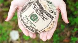 La relación entre la autorrealización y el dinero