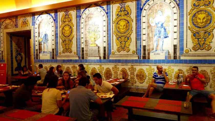 Lissabon Restaurants, Cerveceria Trindade, Innenraum