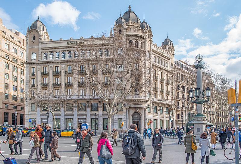800px-Barcelona_9_2013