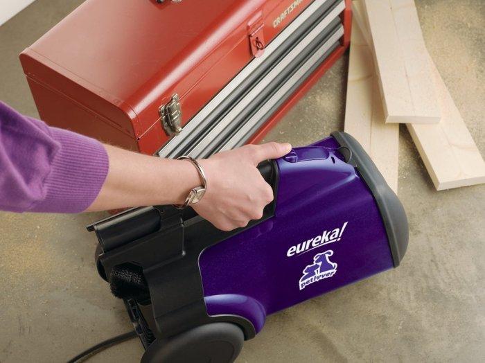 Eureka Mighty Mite Pet Lover Vacuum Usability