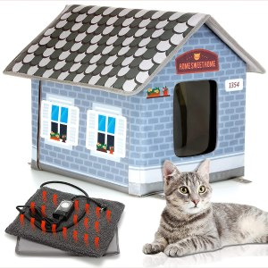 Petyella Heated Outdoor Cat House with Plug-in Timer