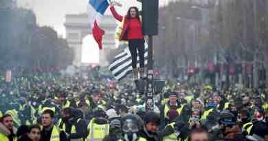 Revolta dos Coletes Amarelos na França