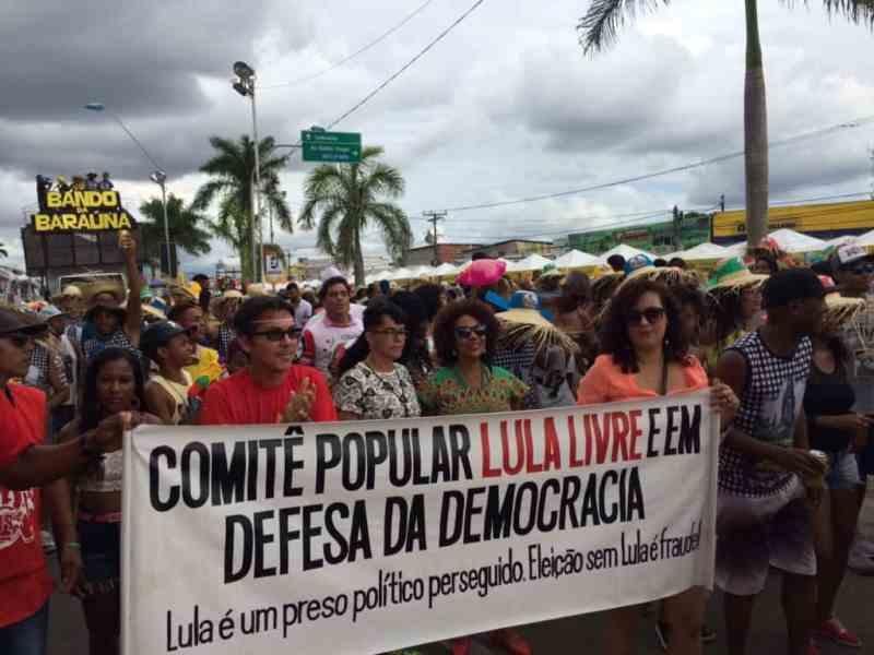 Lula livre vai a micareta com 200 mil