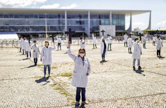 Protesto de enfermeiros no Planalto