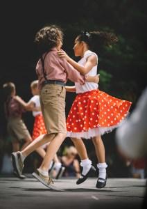 les filles et les garçons, intégration