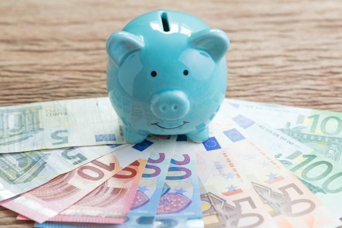 cochon bleu et billets