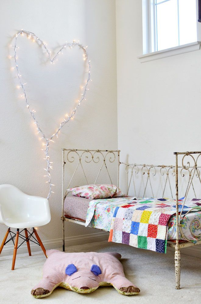 kids room with fairy lights petit small