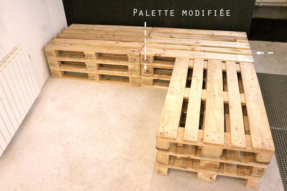 canapé d'angle en palette de bois