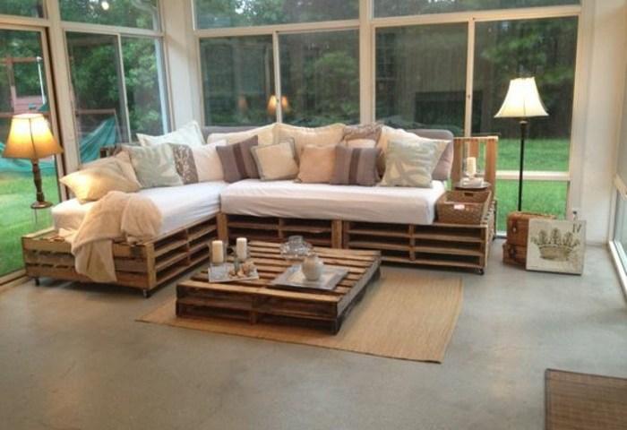 canap en palette europe canap palettes. Black Bedroom Furniture Sets. Home Design Ideas