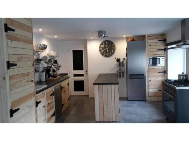 canap palette interieur canap palettes. Black Bedroom Furniture Sets. Home Design Ideas