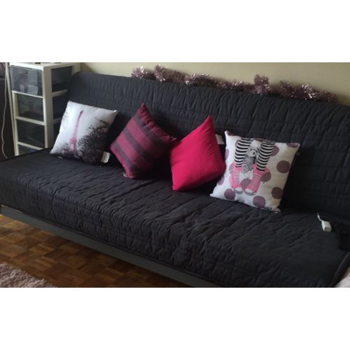 canap clic clac ikea canap palettes. Black Bedroom Furniture Sets. Home Design Ideas