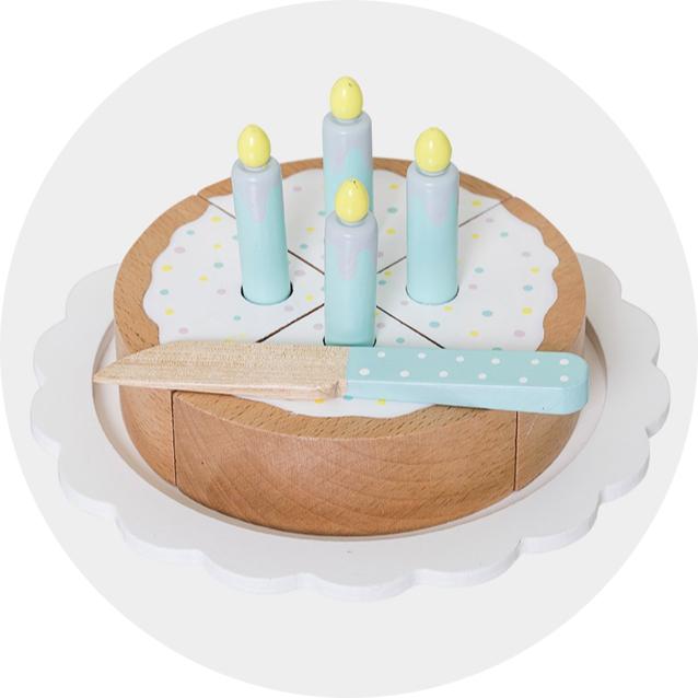bloomingville-gateau-anniversaire-bougies-bois-jouets
