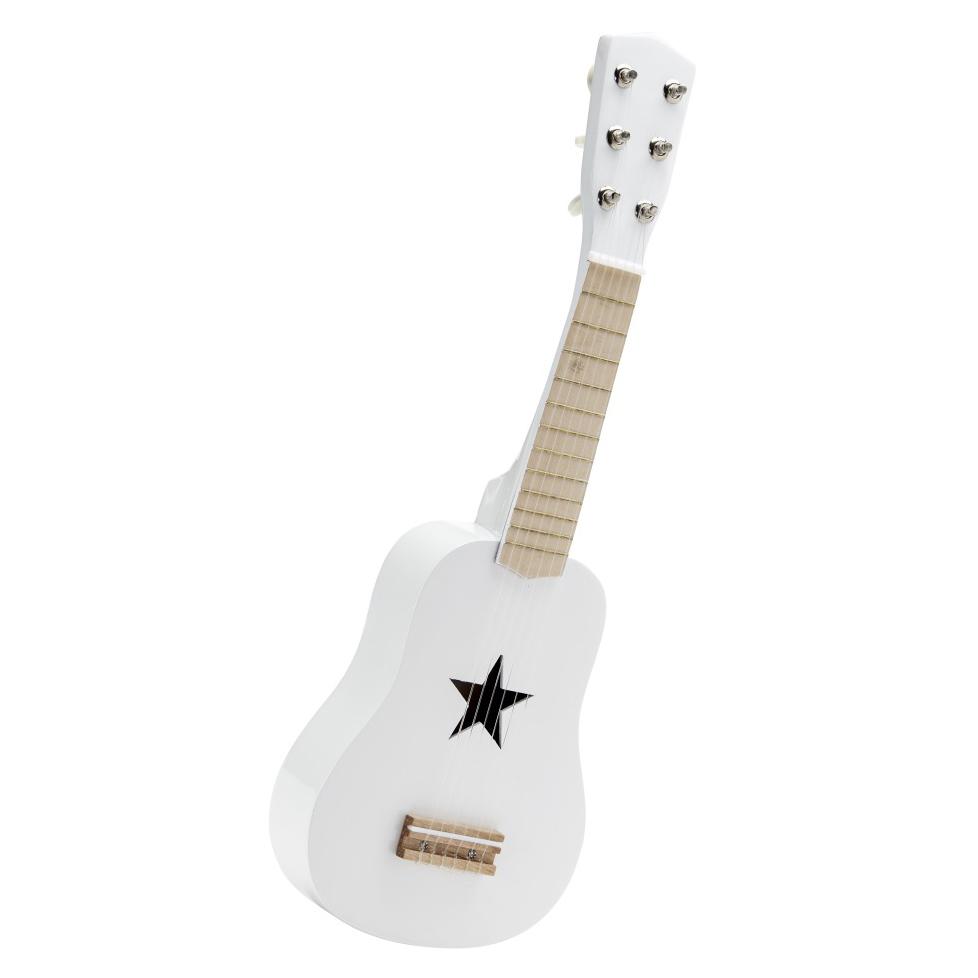 kids-concept-guitare-bois-blanc