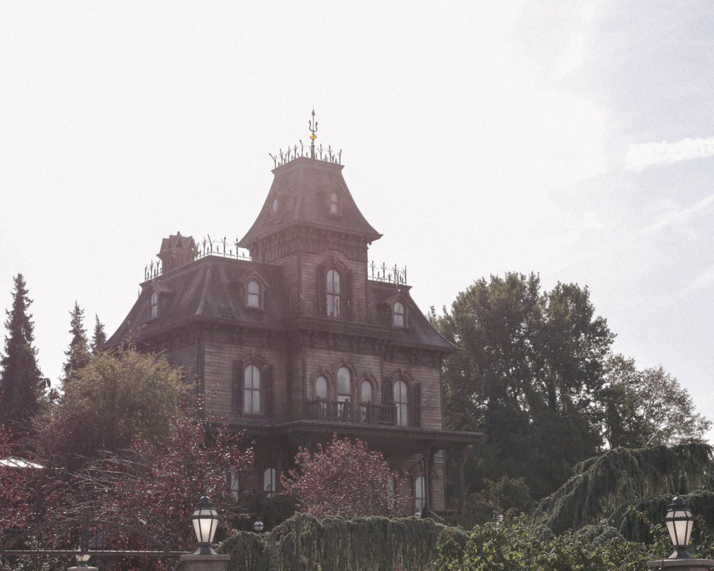disneyland-resort-paris-festival-halloween-2019-are-you-brave-enough-frontierland-phantom-manor