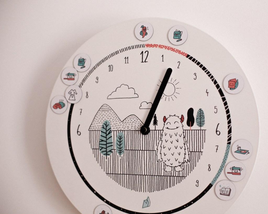 horloge-formidable-chambre-enfant-mila