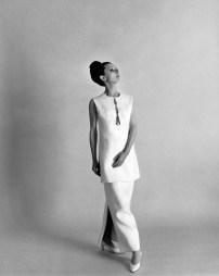 Audrey-Hepburn-audrey-hepburn-6403481-1047-1320