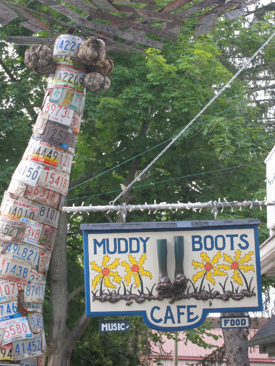 Muddy Boots Sign