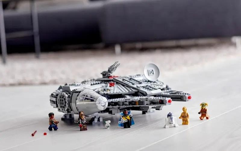 Ensemble Star Wars Millennium Falcon