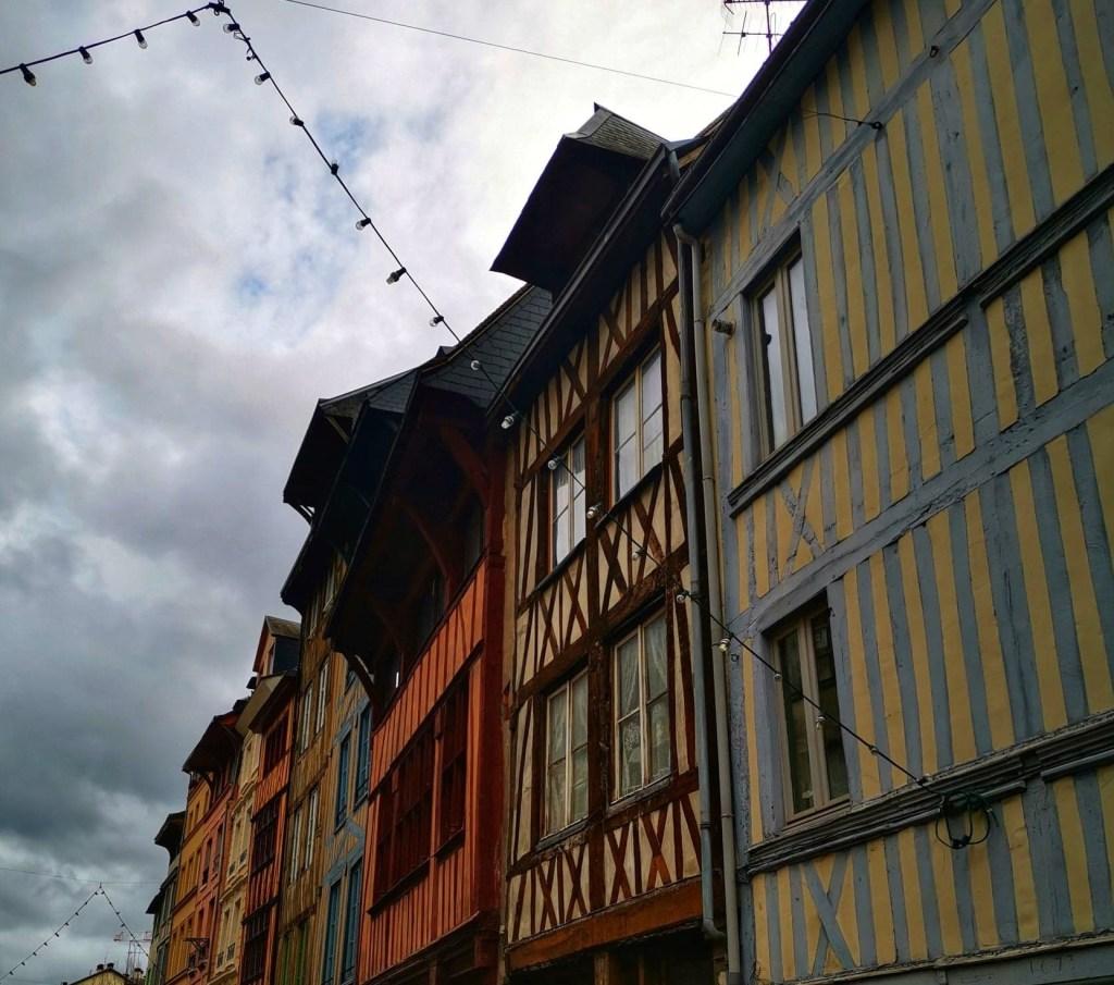 façades maisons à rouen