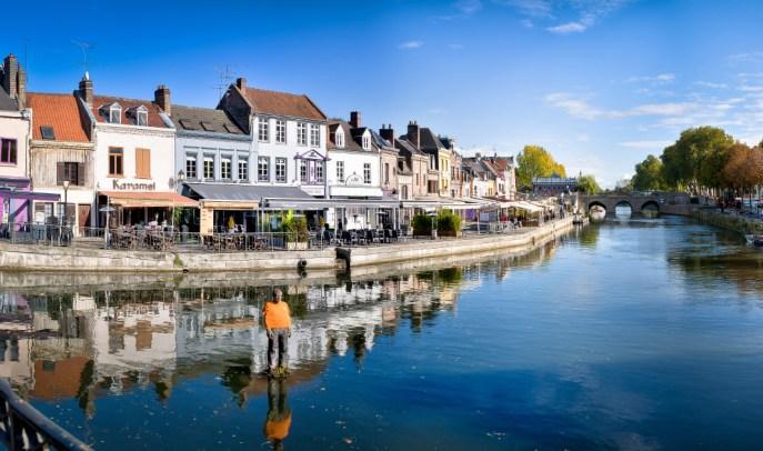 la somme et façade de maison à Amiens pour un week-end à moins de 2h de Paris
