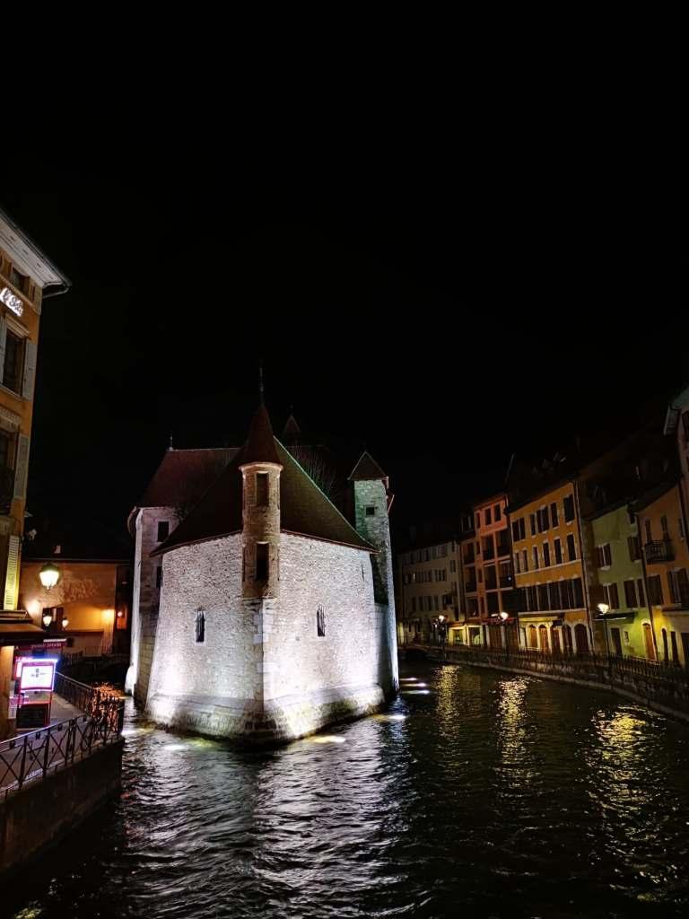 palais de l'Isle de nuit
