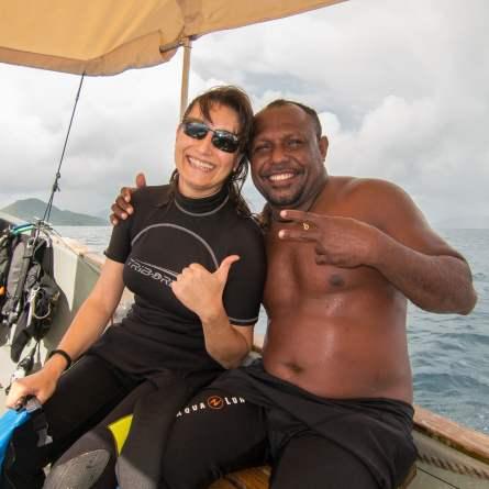 Avec Otto sur le bateau de Papua Diving. Raja Ampat, Indonésie, janvier 2015.