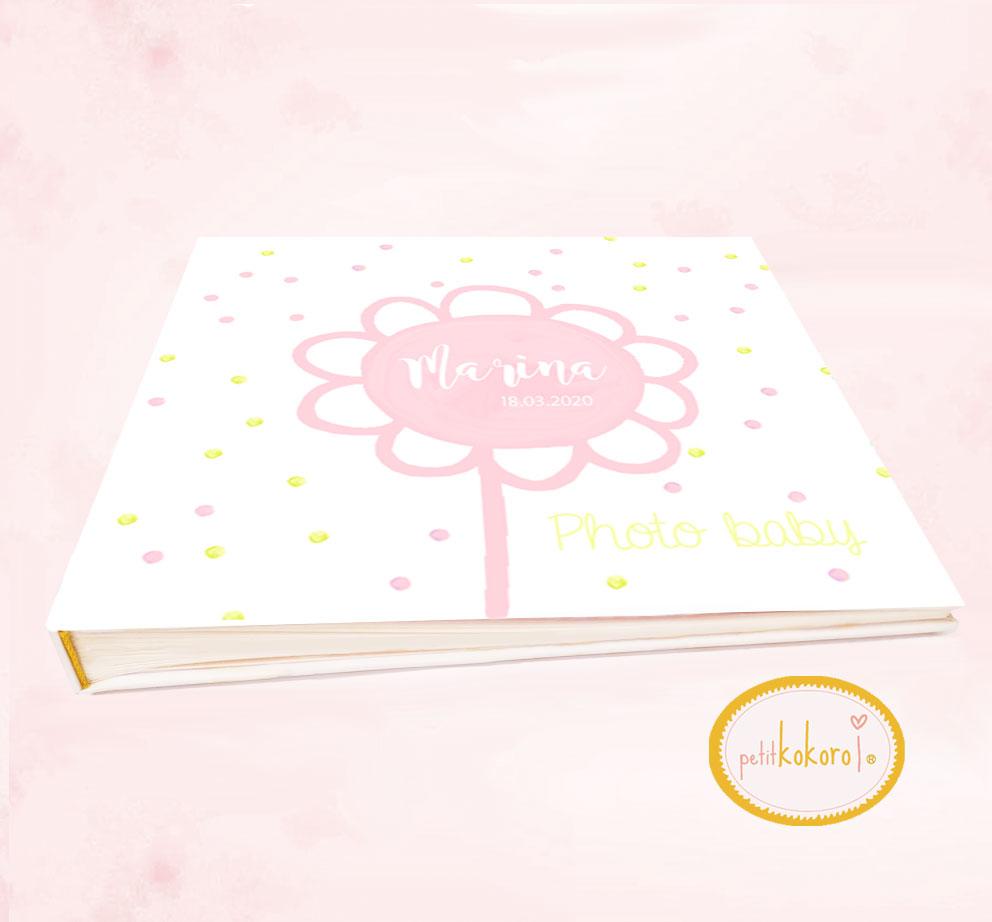 Libro de bebé modelo Marina flor