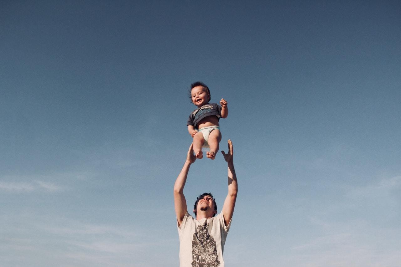 Guide du Parent Confiant  un parent confiant inspire un enfant confiant! b7ba62512f3