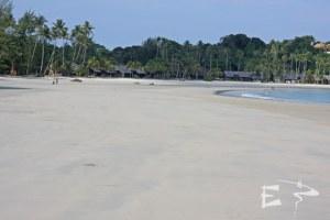 La plage du Nirwana Beach Garden