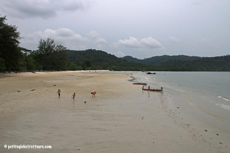 Telunas Beach