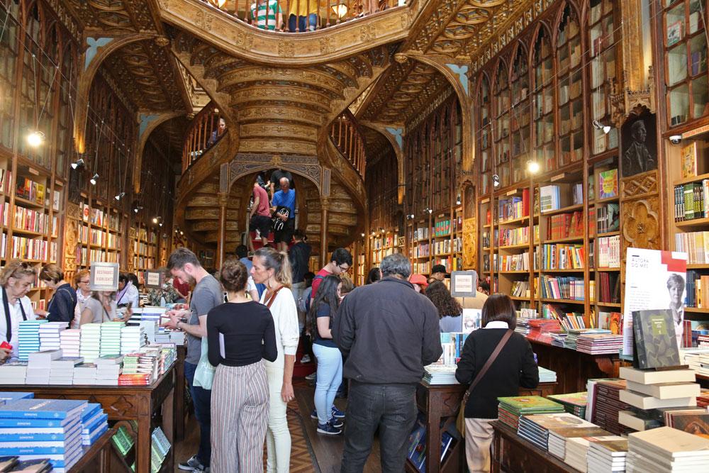 monde librairie lello porto