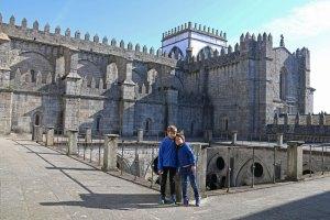 sur les toits de la cathédrale de Porto - Petits Globetrotteurs