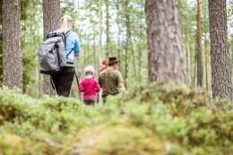 Ballade en famille dans les bois, photo de Visit Lakeland (CC BY-ND 2.0)