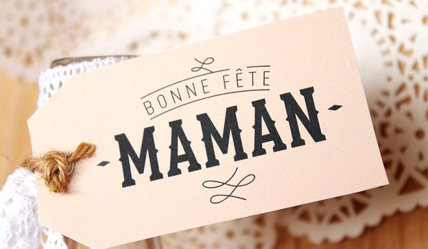 Image result for petite main d'enfant maman