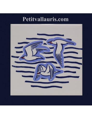 carrelage blanc brillant collection marine avec motif mouettes goelands