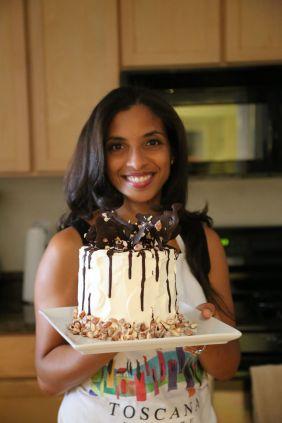 Almond praline cake with mascarpone frosting