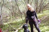 petkid-walk-in-the-woods_DSC_0895