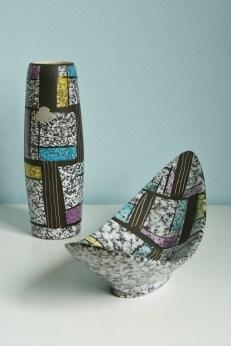 Bay vase and dish, design Bodo Mans 1950s, decor Paris form number 7073-20 (vase)