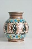 Bay vase 1950s form number 699-20