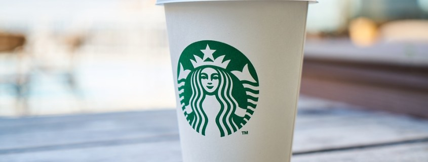Woman claims Starbucks tea killed her dog