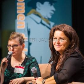 Tanskalainen dekkaristi Sara Blaedel