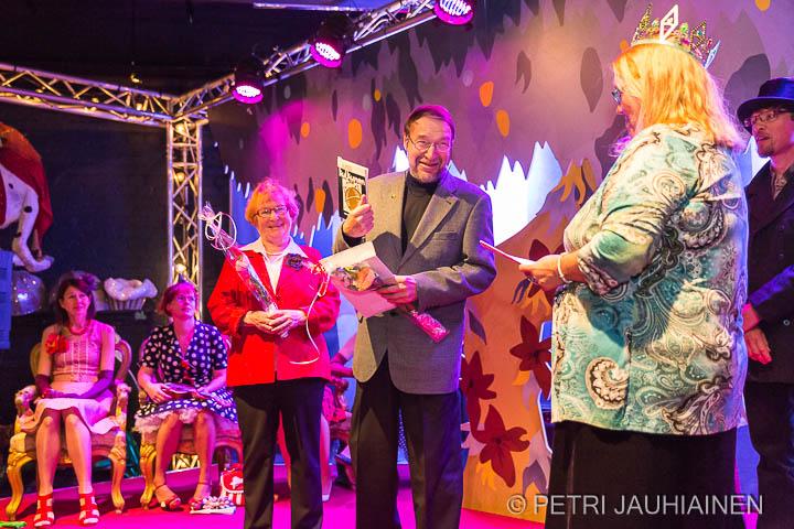 Suomen Nuorisokirjailijat Kaapelitehtaalla