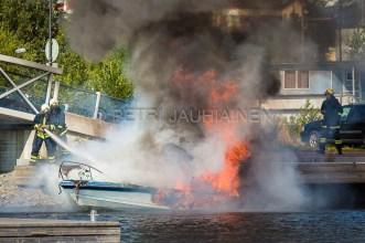 Tulipalo Kuopion Maljalahden satamassa-14