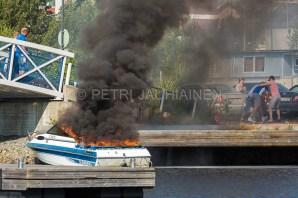 Tulipalo Kuopion Maljalahden satamassa-9