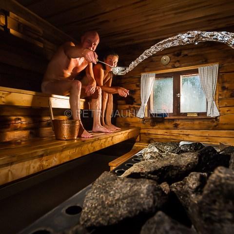 Sauna ja saunojat valokuvaaja Petri Jauhiainen