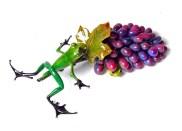 "Merlot, Medium: Bronze Release: 2011 Edition: 500 Catalog: BF154 Size: 12.5"" x 6.25"" x 4"" Artist: Frogman"