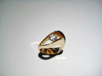 14K Gold C.Z. Ring Artist: Eddie Sakamoto Catalog: 597-46-7
