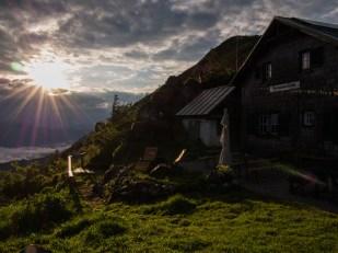 Východ slunce u Ennstaler Hutte