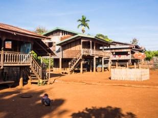 Vesnice etnika Katu